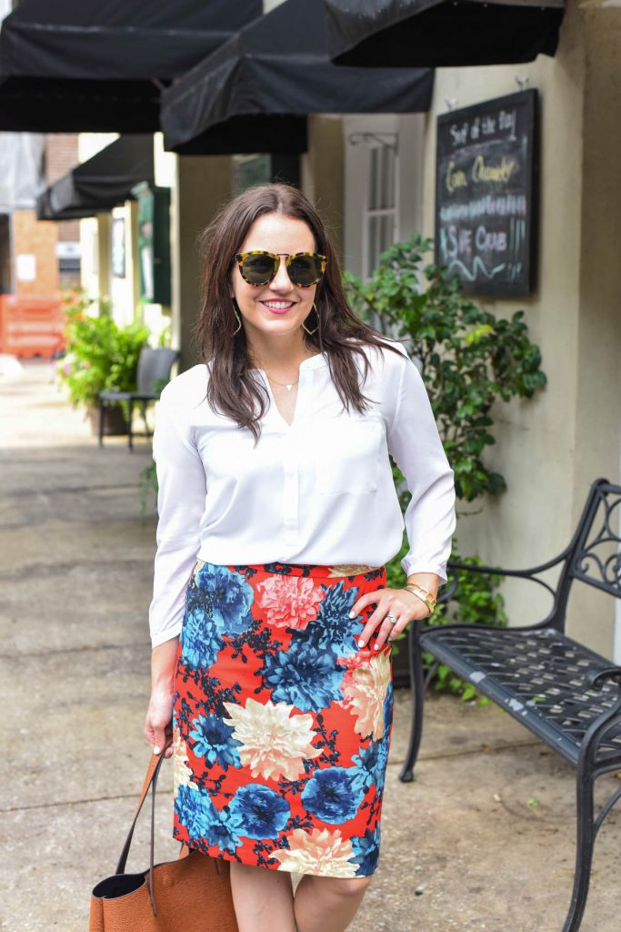 office outfit with pencil skirt