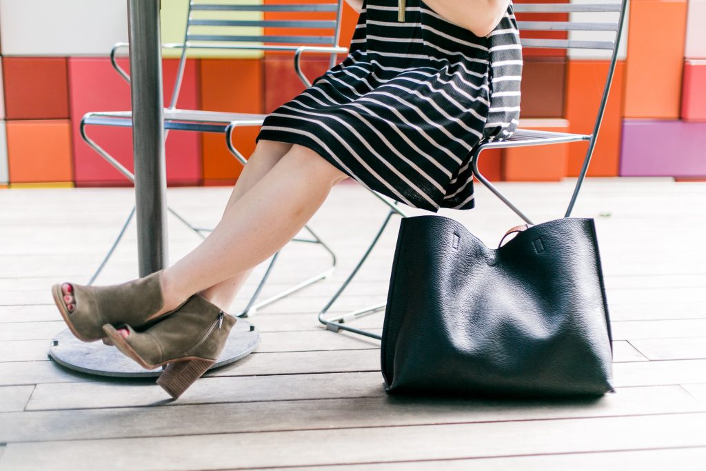 cute brown booties for fall and black tote bag