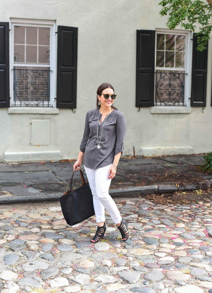 what to wear in charleston - jeans wedges