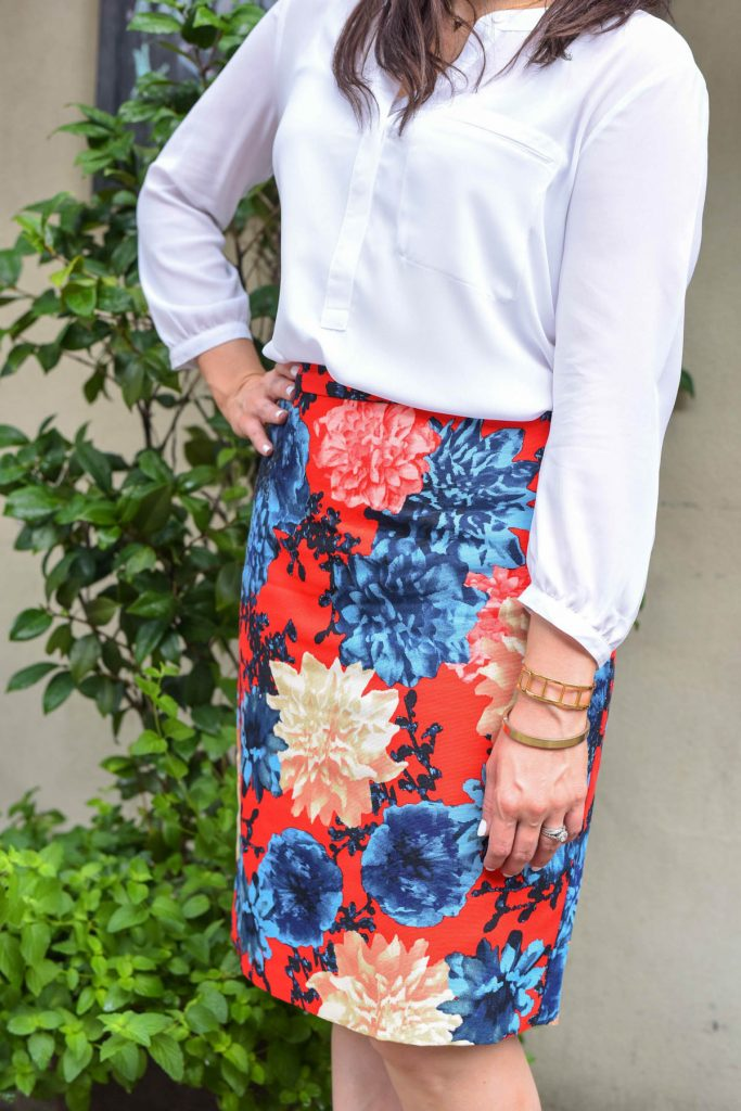 red navy floral pencil skirt for fall work wear