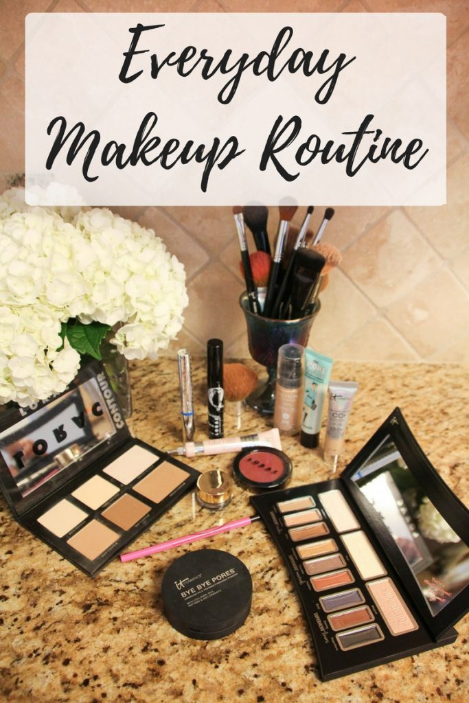 An easy everyday makeup routine for work or school.