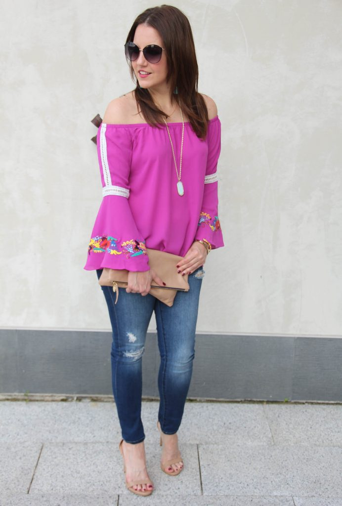 Houston Fashion Blogger LadyinViolet shares a summer casual outfit idea feautring an off the shoulder top.