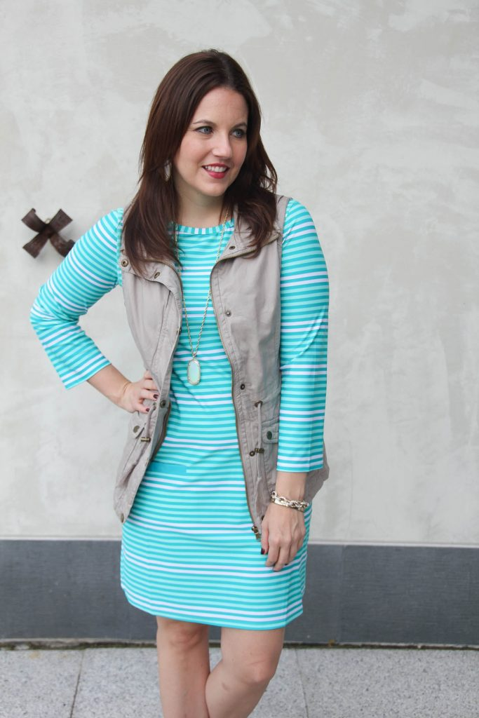 Blogger outfit - turquoise striped shift dress and khaki utility vest