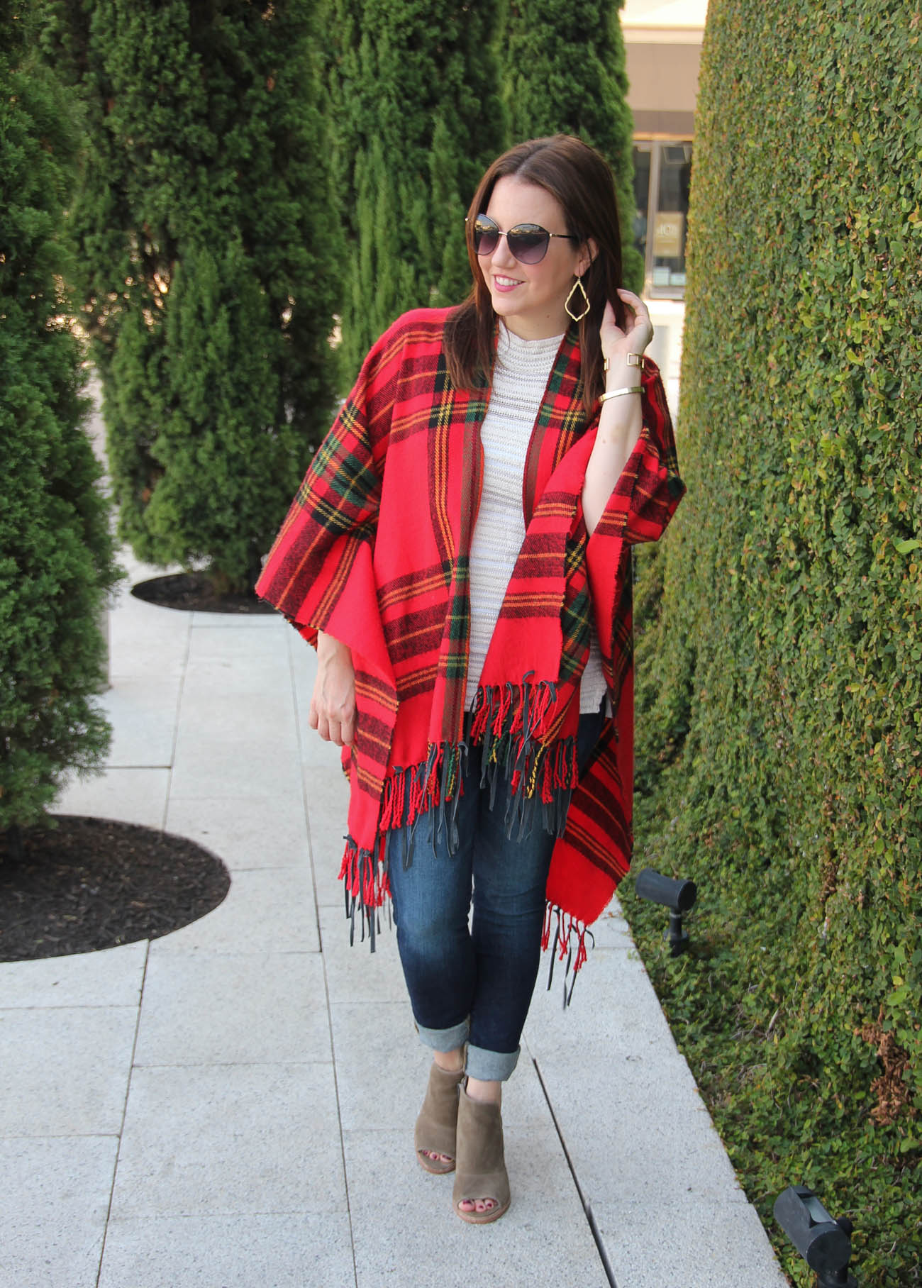 Fall Trends Blanket Poncho Lady In Violetlady In Violet