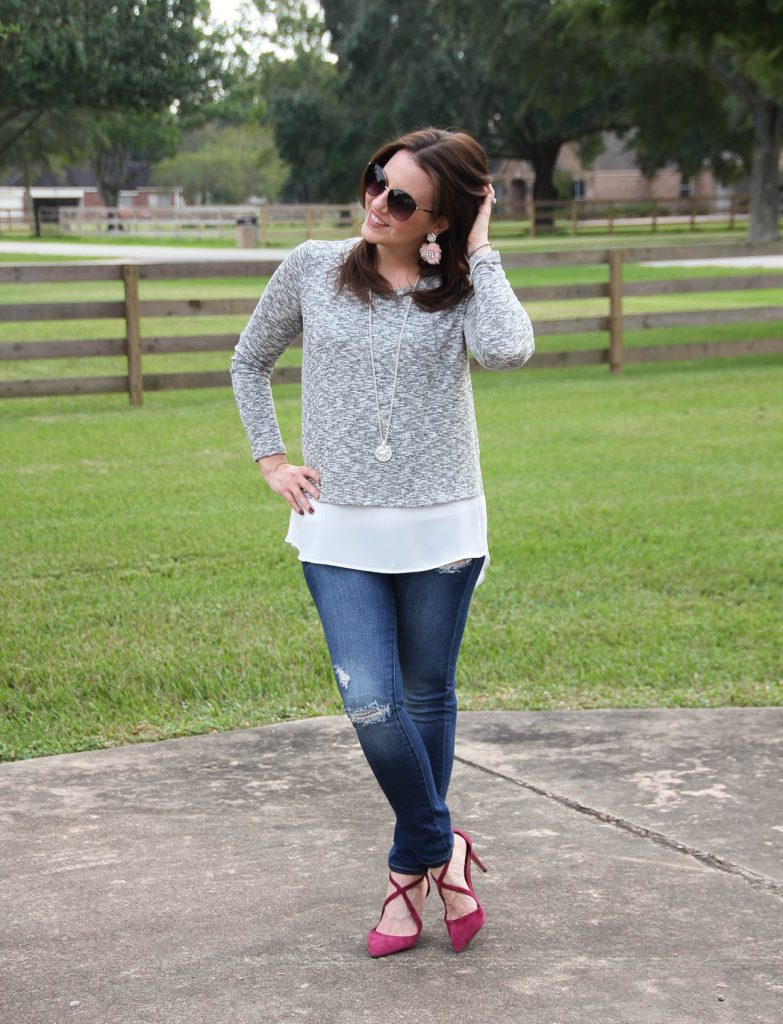 What to wear with burgundy heels for casual weekend outfit.