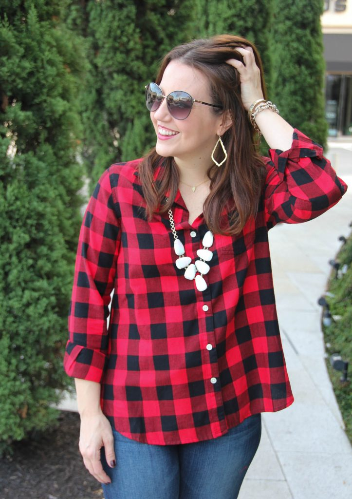 LadyinViolet wears the Kendra Scott Harlie Necklace and an Old Navy Classic Flannel shirt in buffalo plaid.