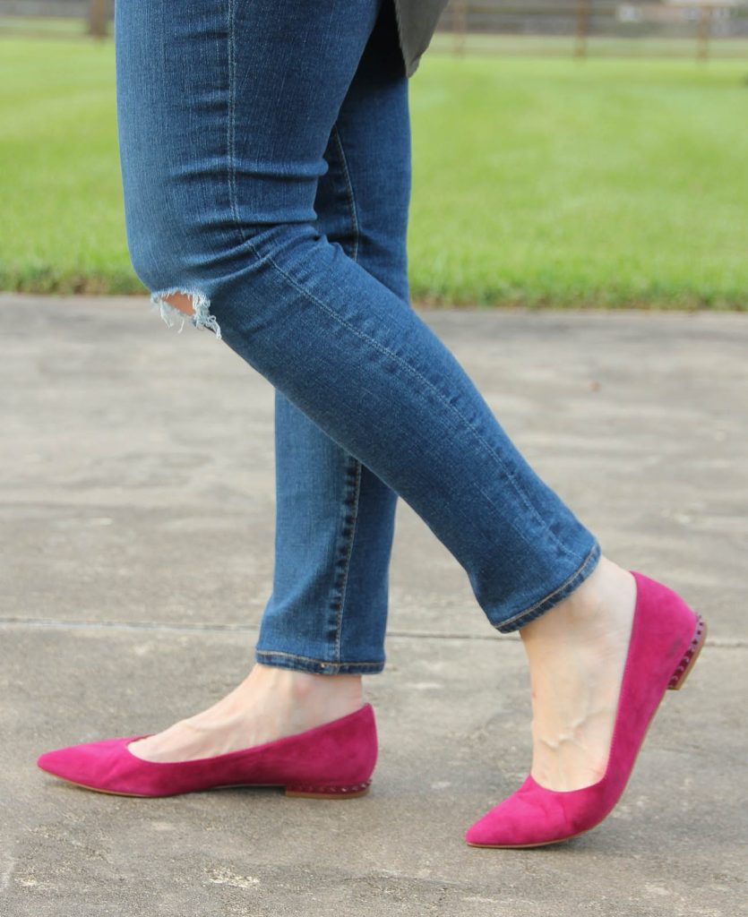 LadyinViolet wears the Sam Edelman Pink Suede flats.