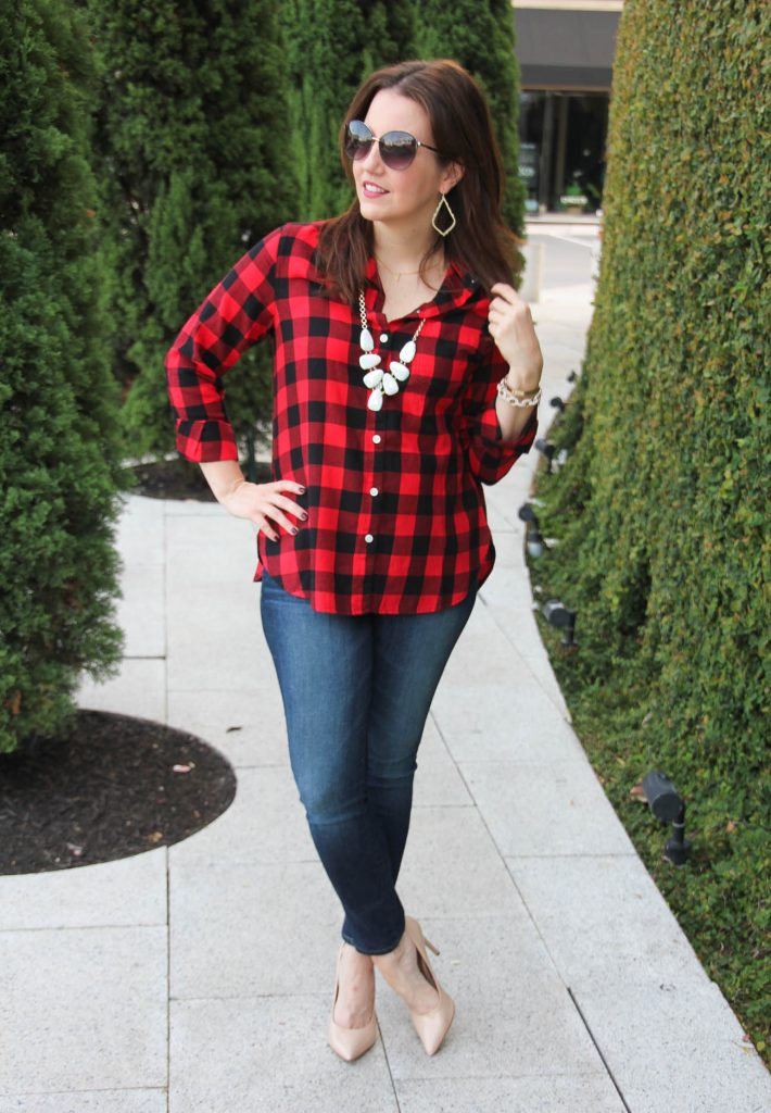 Houston Fashion Blogger shares fall outfit ideas with a plaid blouse.