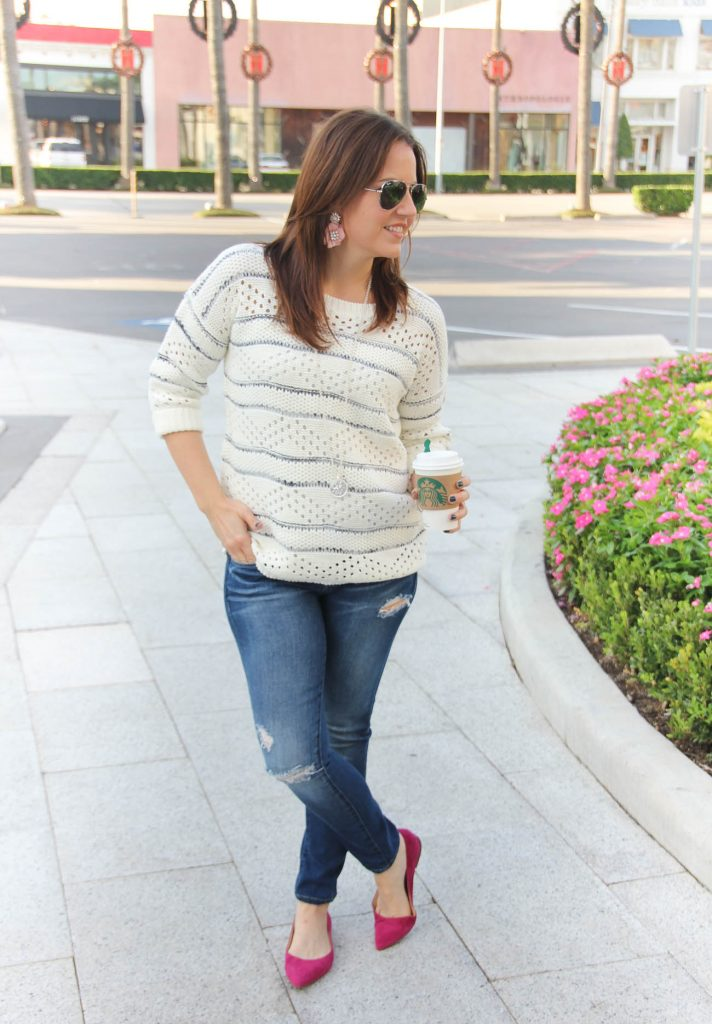 houston fashion blogger wears a fall casual weekend outfit with a sweater.
