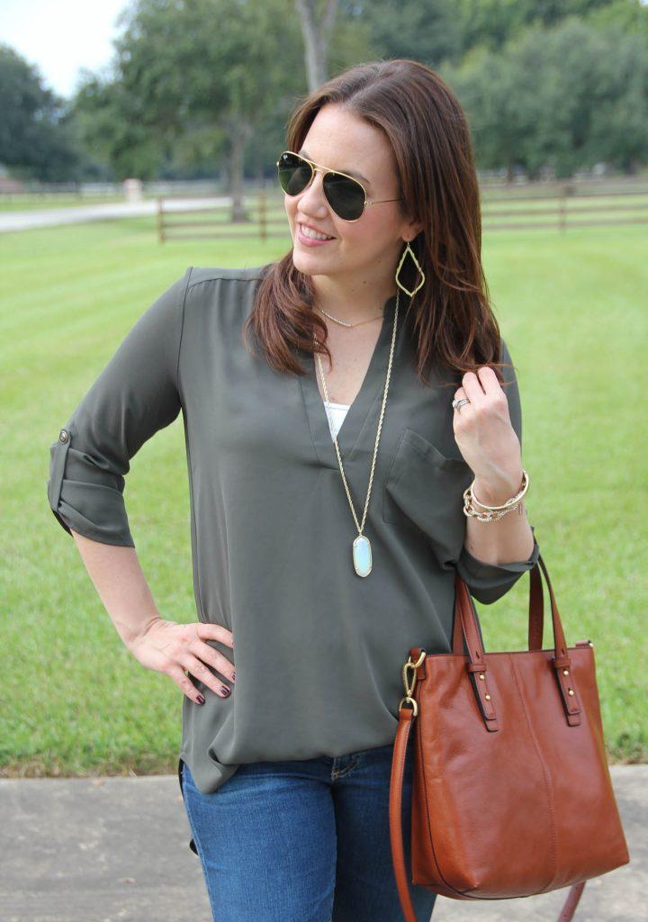 Houston Fashion Blogger shows how to style the lush olive tunic with the Vera Bradley sagebrush satchel.