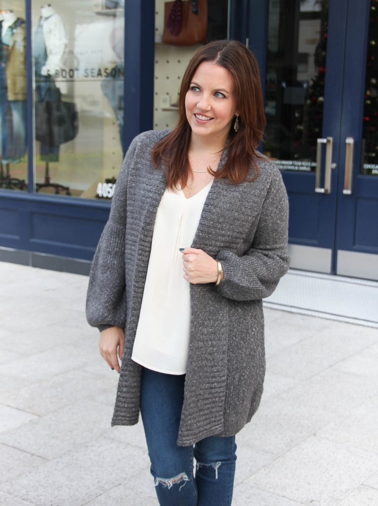 Houston Fashion Blogger, Karen Rock wears a layered casual outfit with a long cardigan and ivory swing tank.