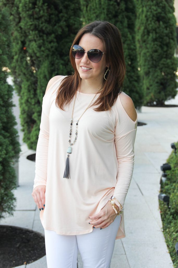 Houston Fashion Blogger talks about the fall fashion trend the cold shoulder top from Nordstrom.
