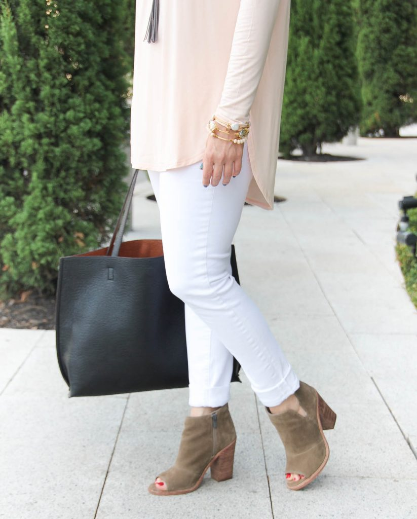 LadyinViolet wears the vince camuto peep toe booties and paige denim white jeans.