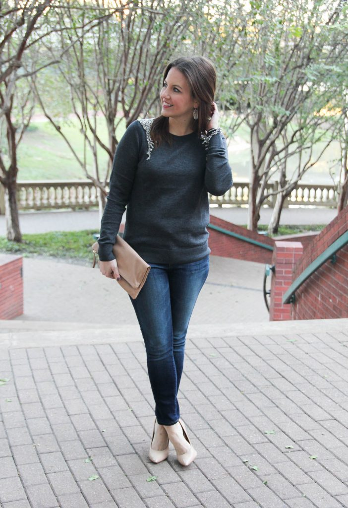 Houston Fashion blogger share a holiday outfit idea for cold weather featuring an embellished sweater with dark skinny jeans. PLUS a list of the best fashion-related black friday sales!