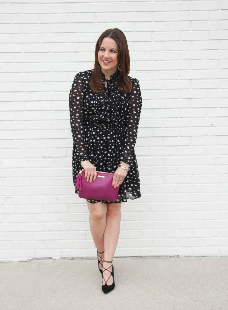 Houston Fashion Blogger wears a holiday dress perfect for happy hour or family dinner.