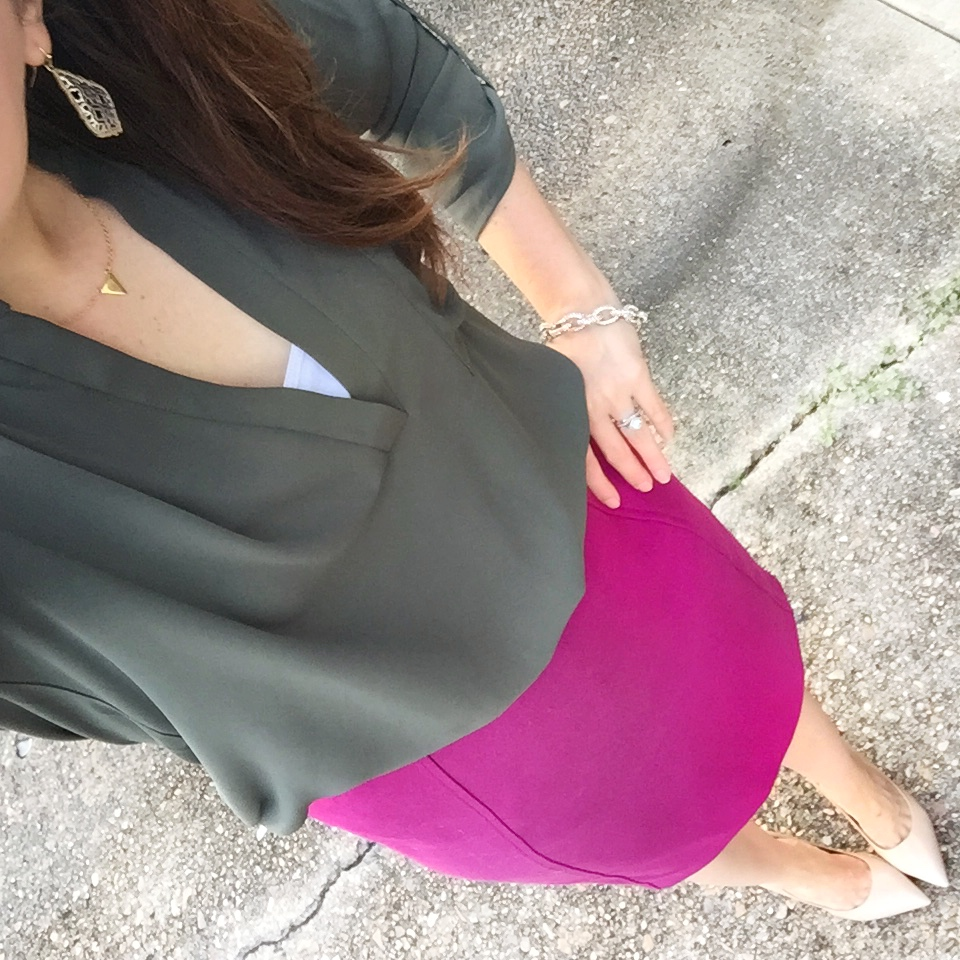 Houston Fashion Blogger styles an olive and pink office outfit with a pencil skirt.