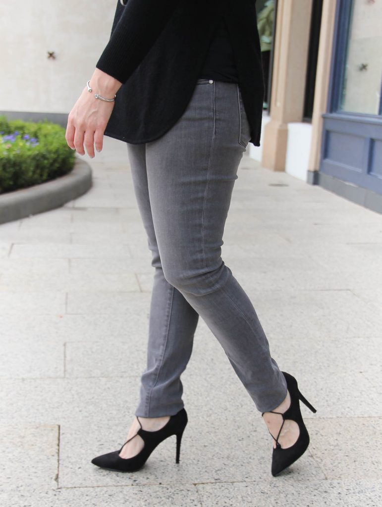Houston Style Blogger shares what to wear with gray jeans including lace up heels.