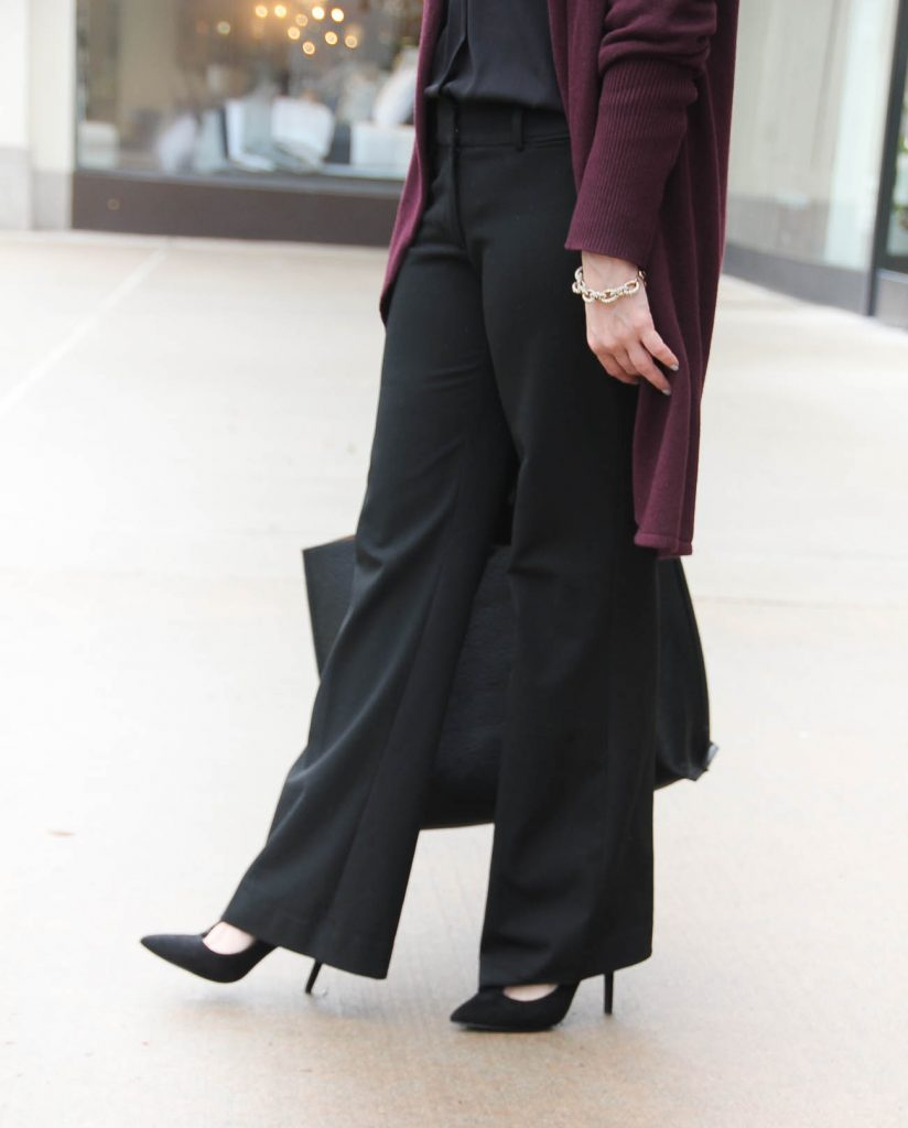 Petite Fashion Blogger style black work pants for petites women.