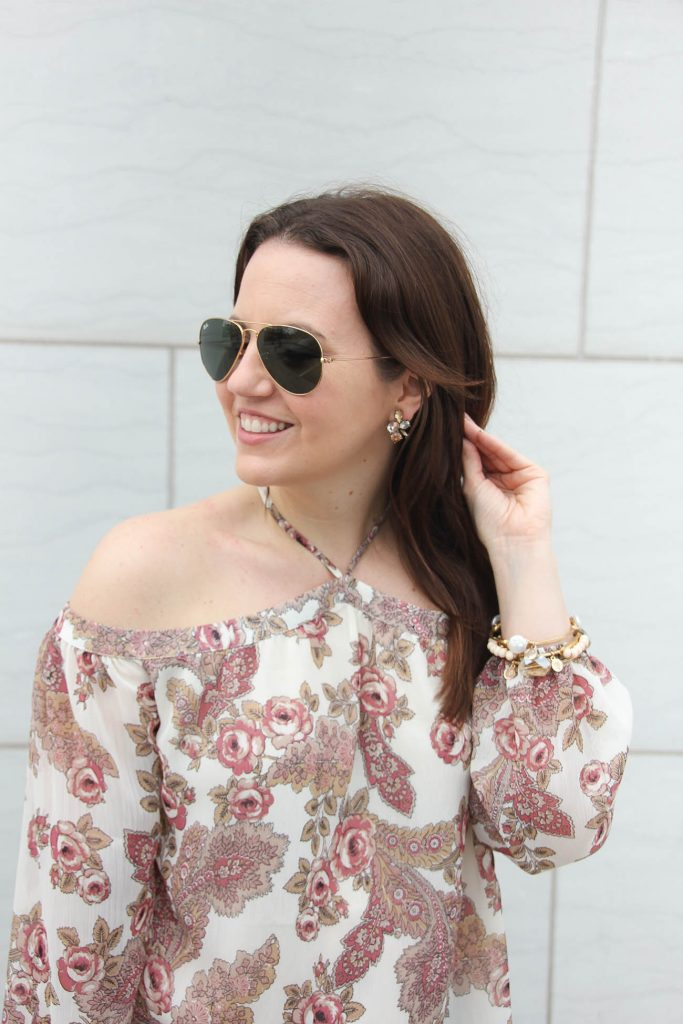 Lady in Violet of Houston wears the Baublebar Sugarfix earrings with a spring outfit.