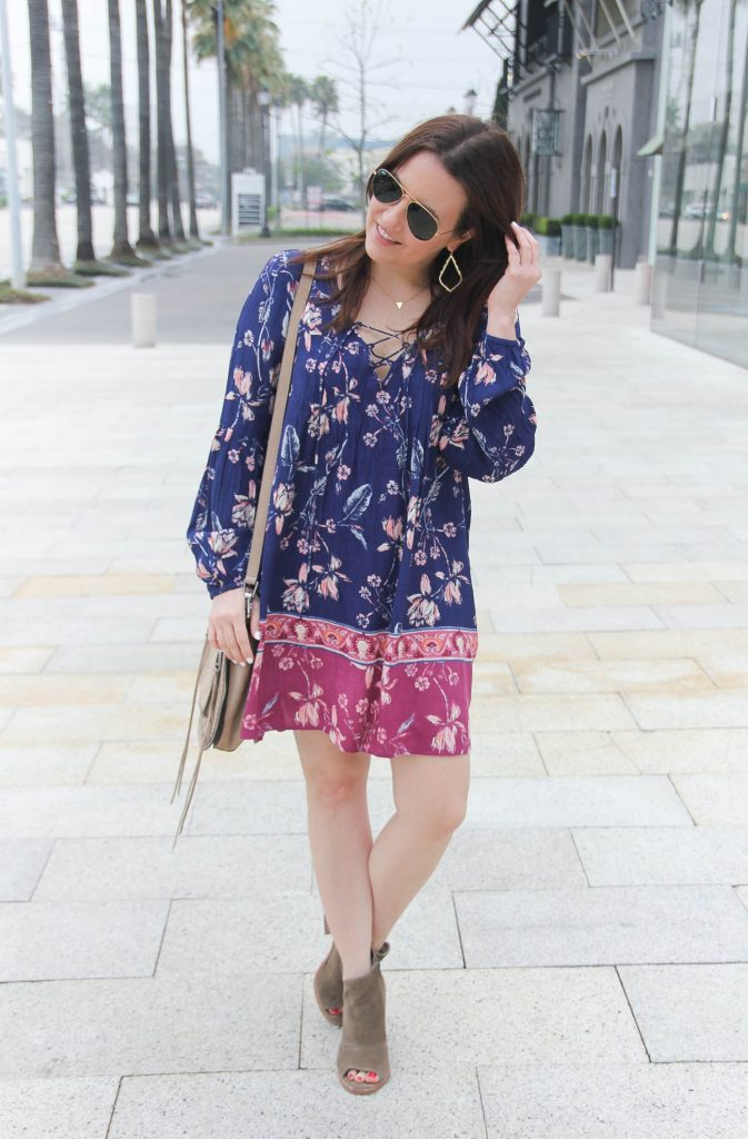 Houston Fashion Blogger, Lady in Violet styles a boho chic outfit for a spring music festival.