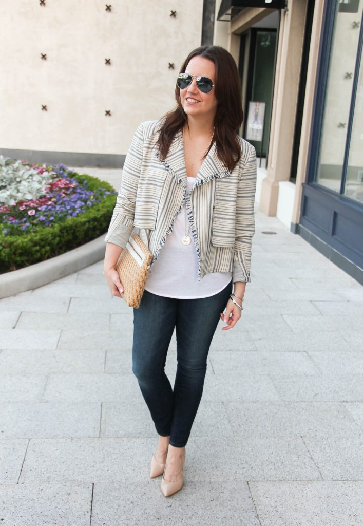 Cute weekend outfit with heels and lightweight jacket for spring.