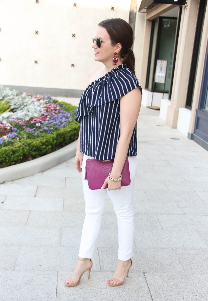 Houston fashion blogger wears a navy and white outfit for summer outdoor party.