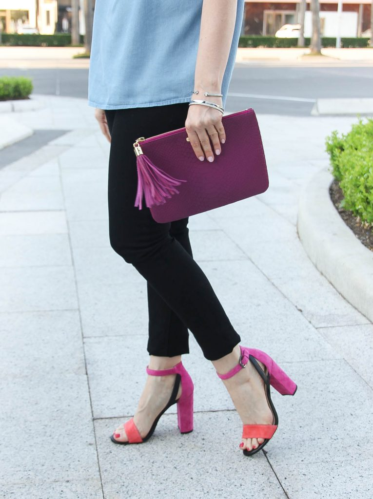 Date night outfit created by Houston fashion blogger Lady in Violet featuring pink block heel sandals with black skinny jeans.