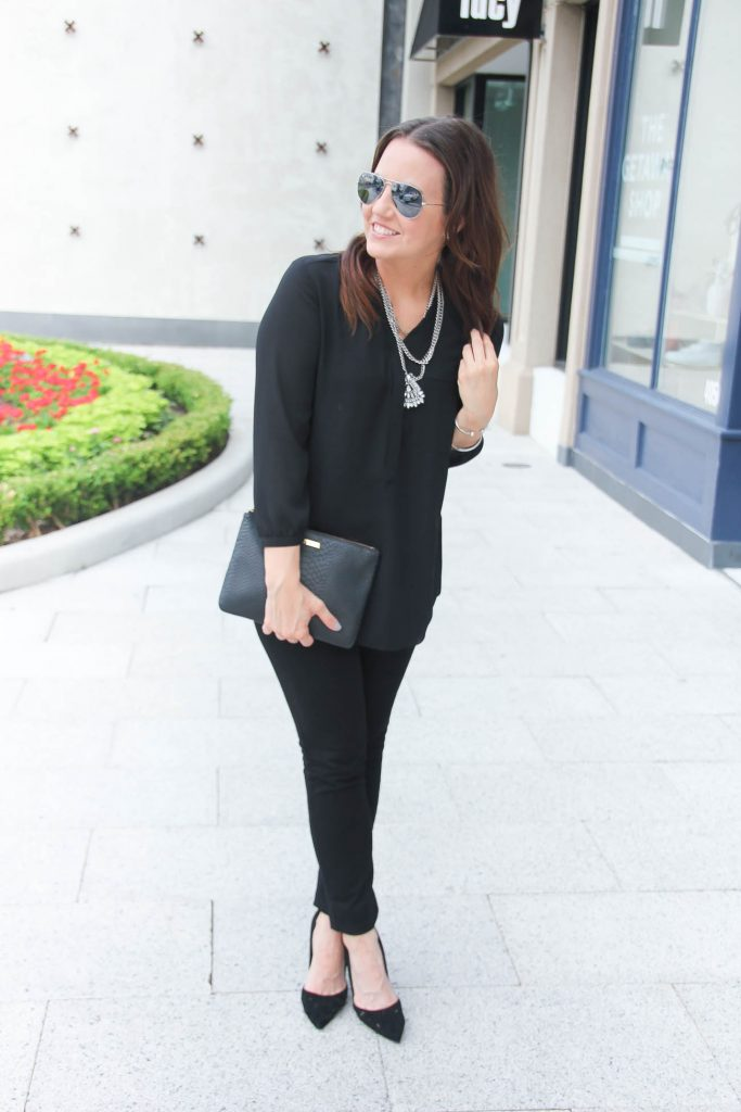 Date Night Outfit | Statement Necklace | All black outfit | Skinny Jeans | Lady in Violet | Houston Style Blogger