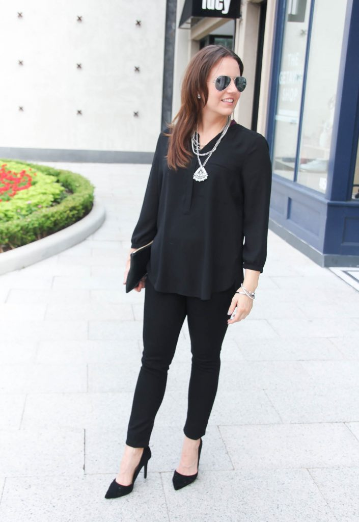 Spring Outfit | All Black Outfit | Black Skinny jeans | Statement Necklace | Black D'orsay Heels | Lady in Violet | Houston Style Blogger