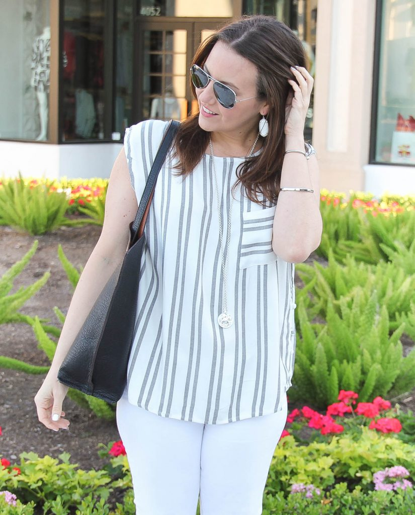 Spring Outfit | Casual Weekend Outfit | Gray and White Striped Top | Kendra Scott Jewelry | Lady in Violet | Houston Fashion Blogger