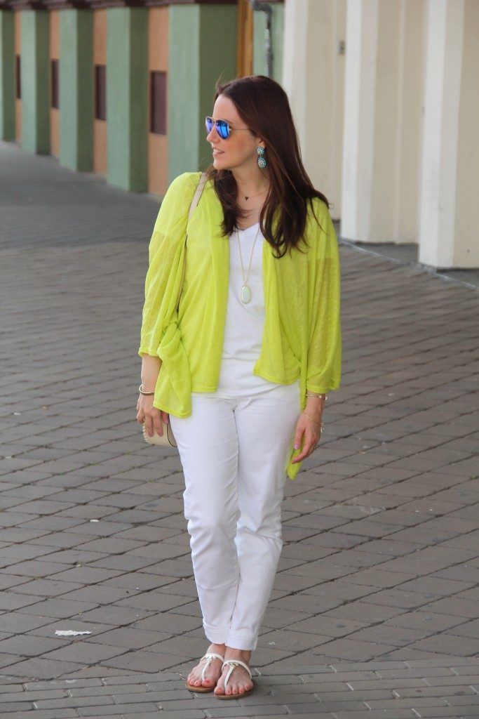 Summer Outfit | Lime Green Kimono | White Tee | White Jeans | Flat Sandals | Lady in Violet | Houston Blogger