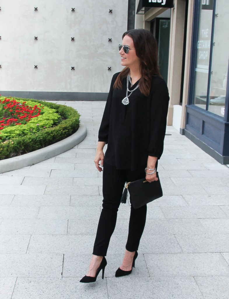 All Black Outfit | Silver Statement Necklace | Black Skinny Jeans | Gigi NY clutch | Jessica Simpson Heels | Lady in Violet | Houston Fashion Blogger
