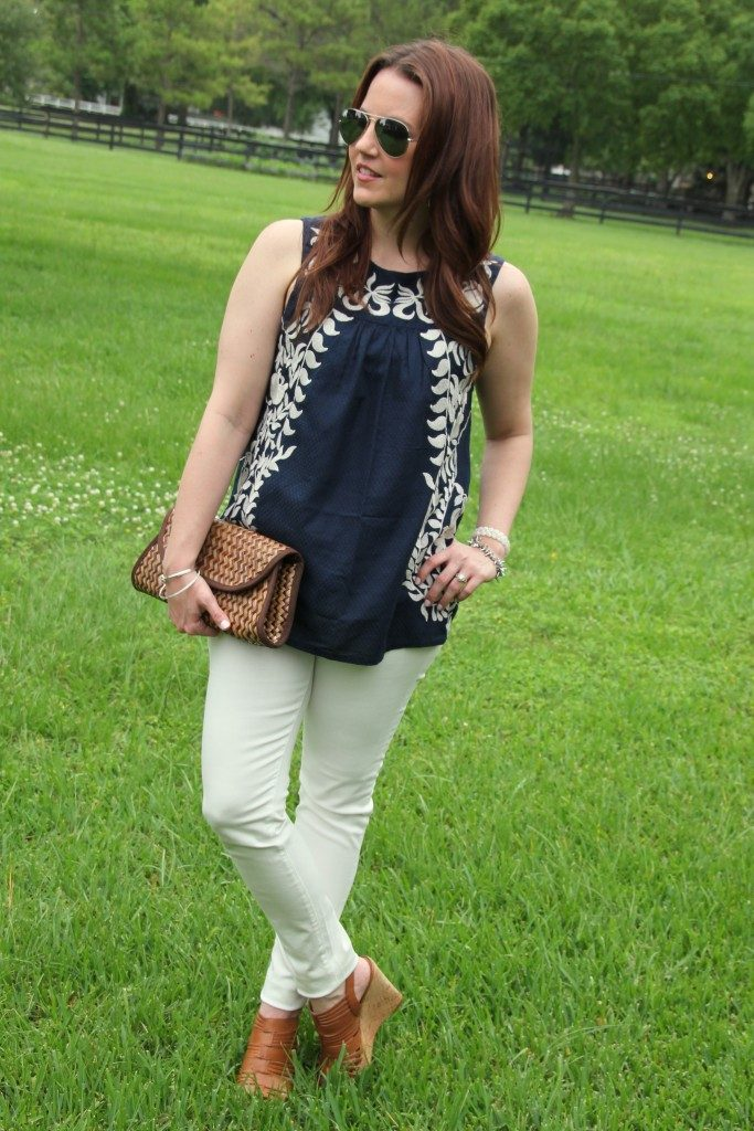 4th of July Outfit | White Jeans | Navy Sleeveless Blouse | Lady in Violet | Houston Fashion Blogger