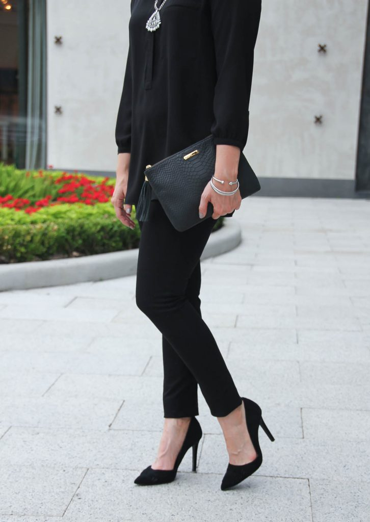 How to Wear All Black | Statement Necklace | D'Orsay Heels | Black Super Skinny Jeans | Lady in Violet | Houston Style Blogger