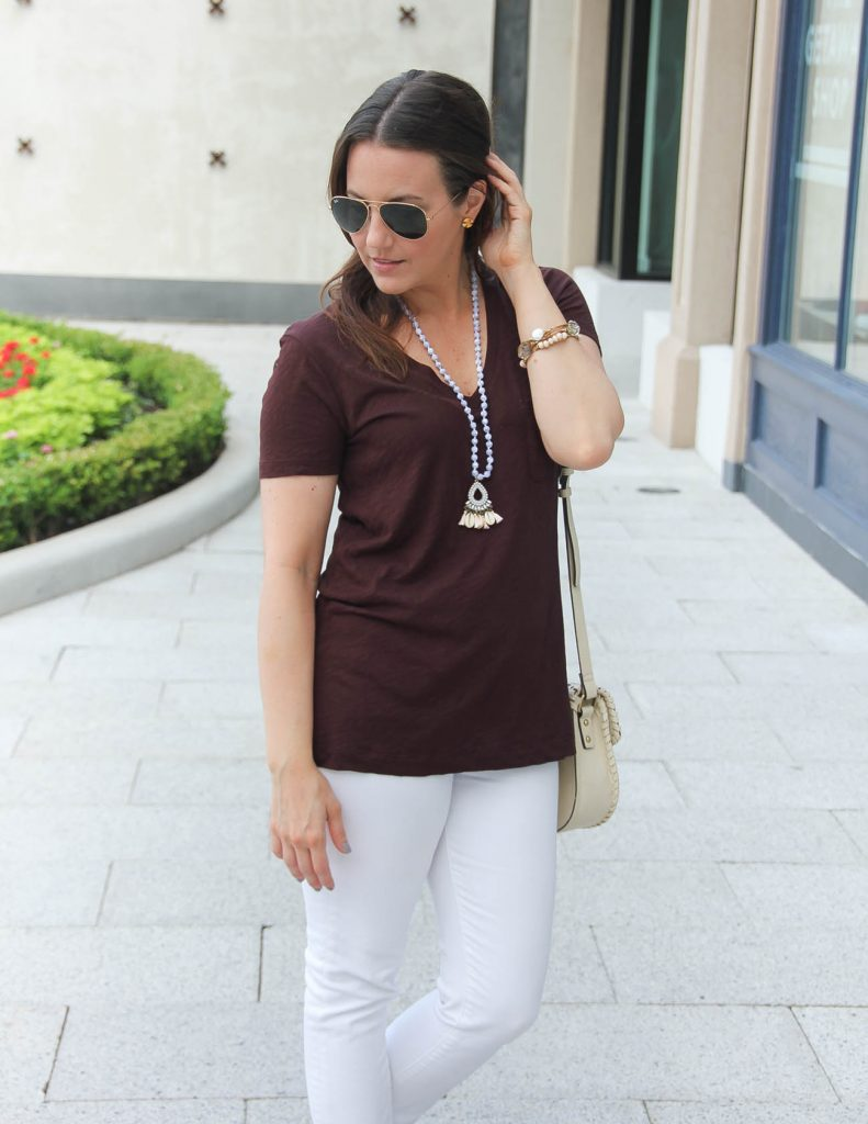 Summer Outfit | Vneck Tshirt | White Jeans | Shell Necklace | Lady in Violet | Houston Style Blogger