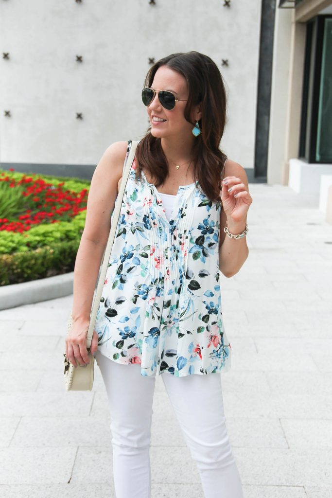 Spring Outfit | Blue Floral Sleeveless Blouse | White Skinny Jeans | Lady in Violet | Houston Fashion Blogger