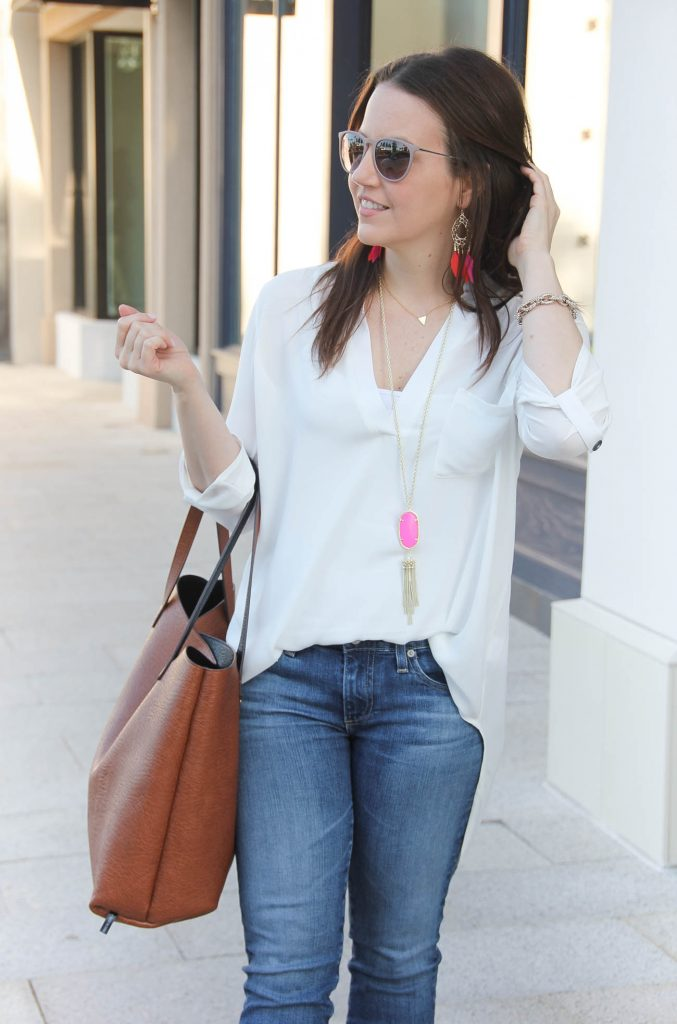 Casual Weekend Outfit | White Tunic | Pink Tassel Necklace | Blue Jeans | Lady in Violet | Houston Fashion Blogger