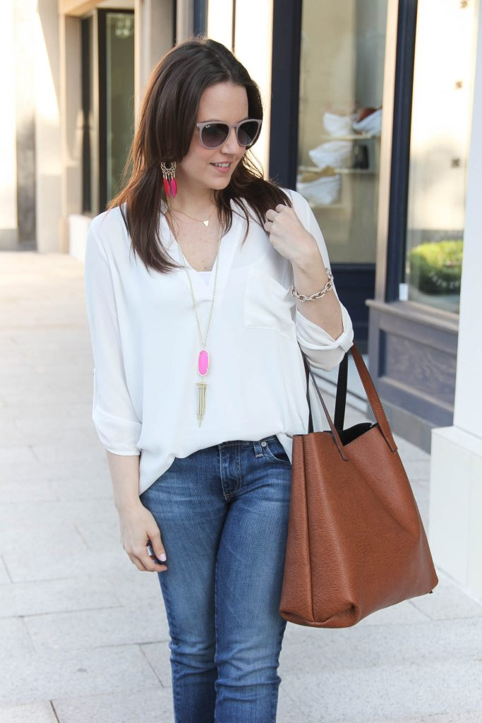 Casual weekend Outfit | White Tunic with jeans | Affordable Tote Bag | Lady in Violet | Houston Style Blogger