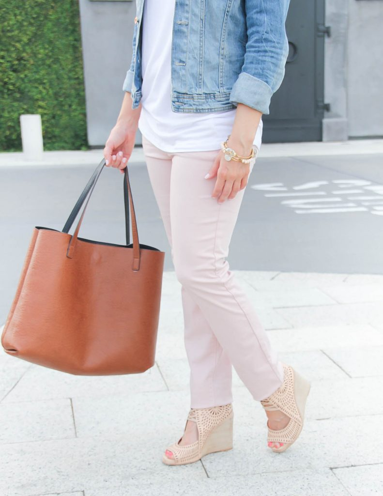 Light Pink Cotton Pants under $50 | casual outfit | nude wedge sandals | Lady in Violet | Houston Fashion Blogger