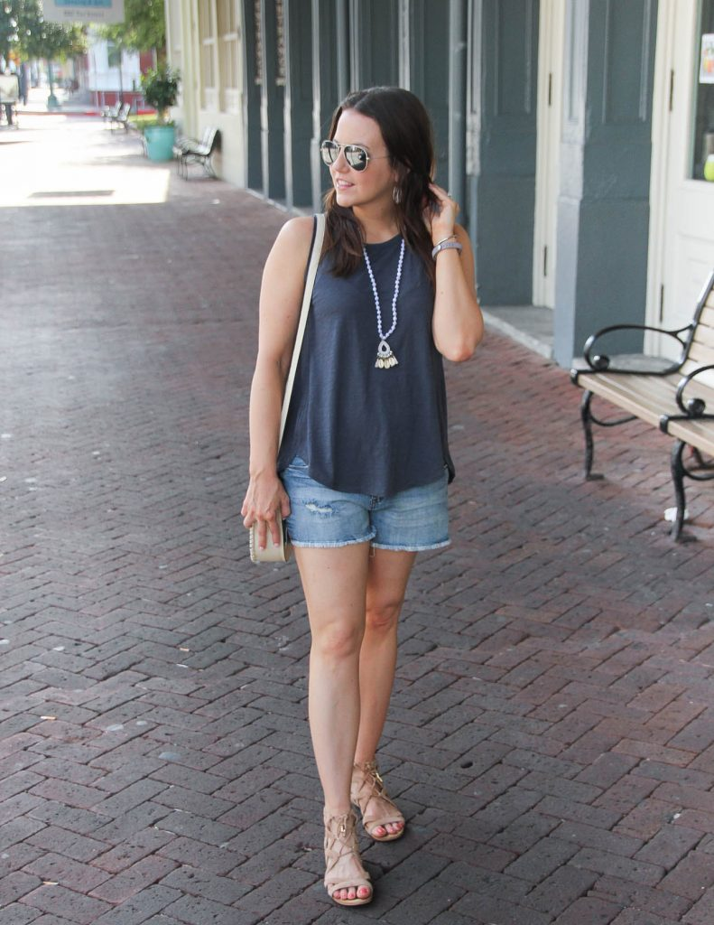 Summer Vacation Outfit | Denim Shorts | Comfortable Sandals | Lady in Violet | Houston Fashion Blogger