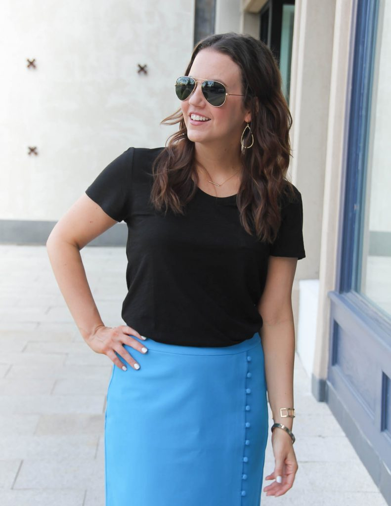 Black Pocket Tee | Gold Drop Earrings | Lady in Violet | Houston Fashion Blogger