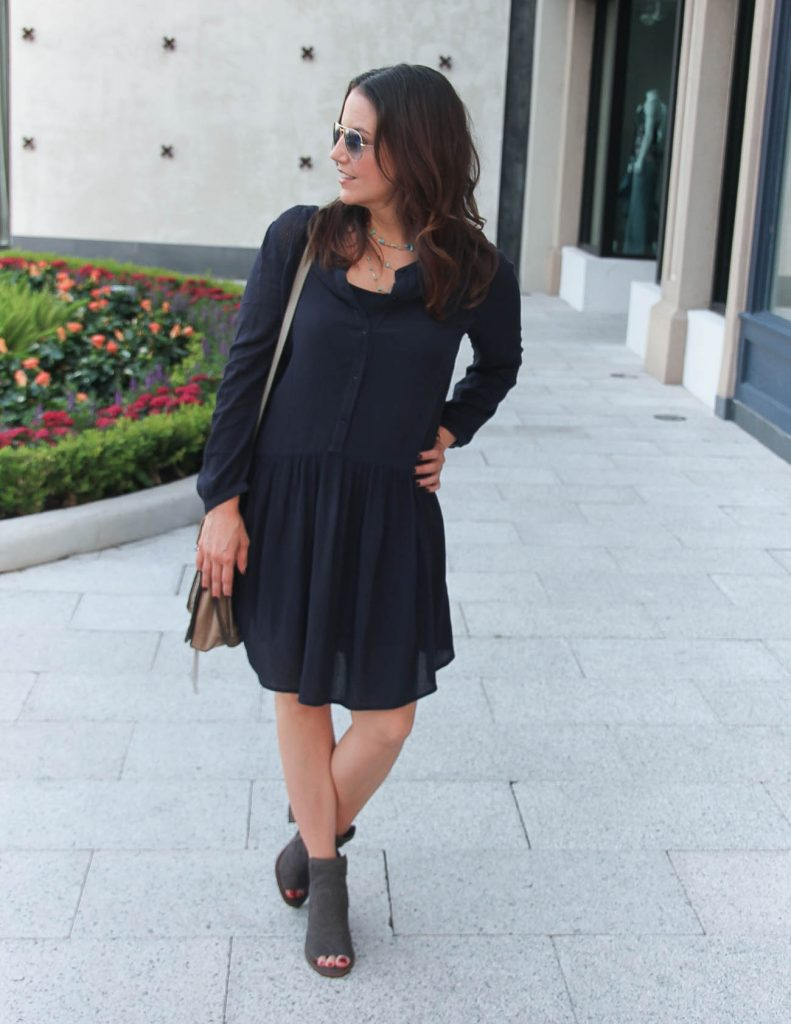 Fall Transitional Outfit | Casual Navy Dress | Gray Booties | Lady in Violet | Houston Fashion Blogger