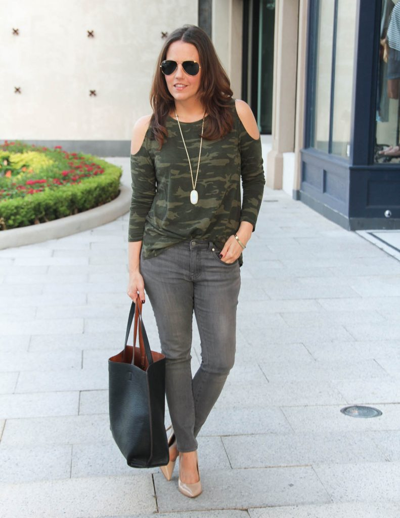 Casual Fall Outfit | Camo Tee for Women | Gray Skinny Jeans | Lady in Violet Fashion Blog