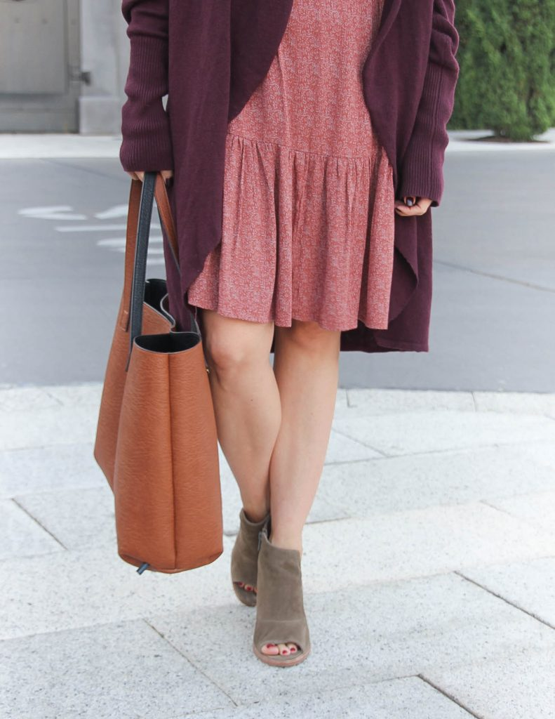 Fall Outfit Idea | Brown Tote Bag | Peep Toe Booties | Lady in Violet Fashion Blog