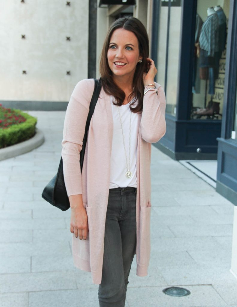 Casual Weekend Outfit | Pastel Pink Cardigan | Gray Jeans | Texas Fashion Blogger