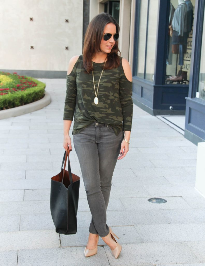 Fall Outfit | Camo Cold Shoulder Tee | Gray Jeans | Houston Fashion Blog