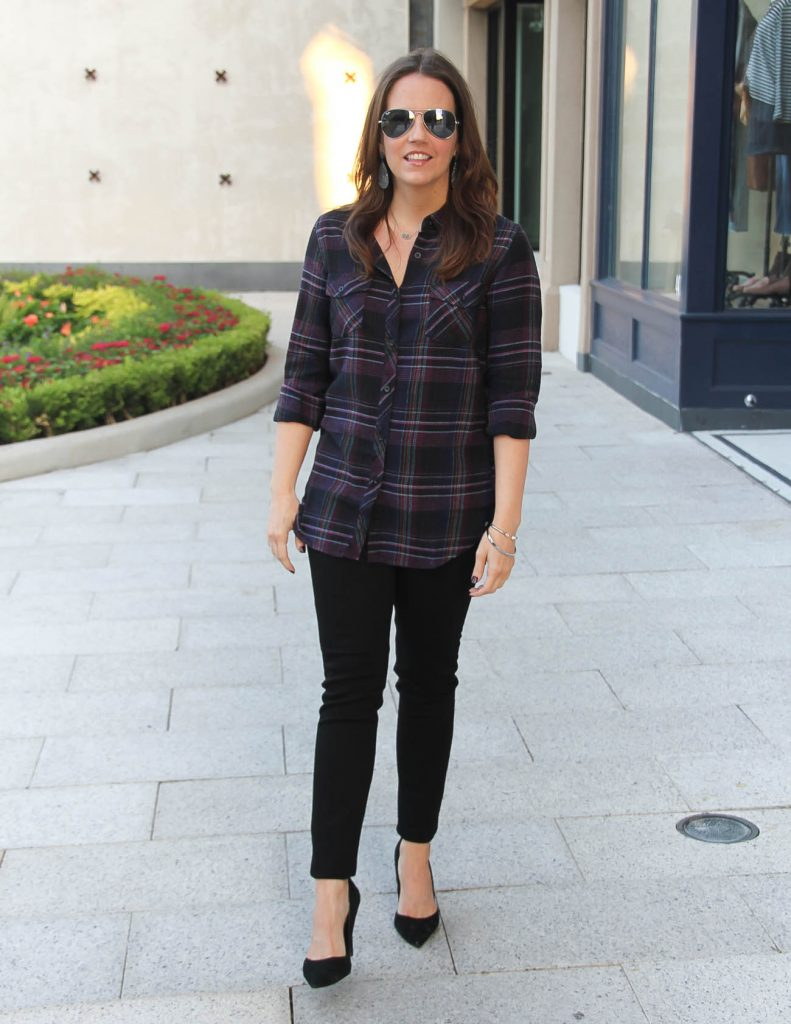 Fall Outfit Idea | Black Plaid Shirt | Hudson Skinny Jeans | Lady in Violet | Houston Blogger
