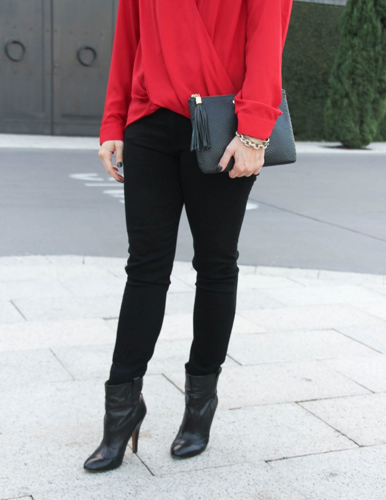 Fall Outfit | Black Skinny Jeans | Black Heeled Booties | Houston Fashion Blogger Lady in Violet