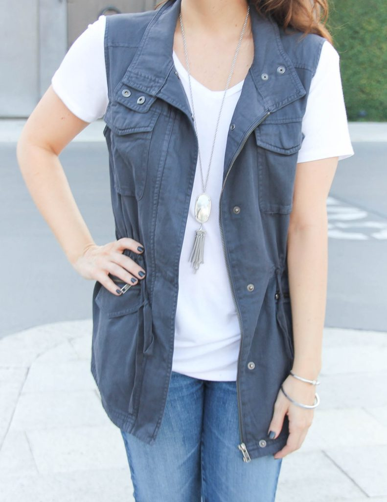 Fall Casual Outfit | Utility Vest | Kendra Scott Rayne Necklace | Lady in Violet Fashion Blog