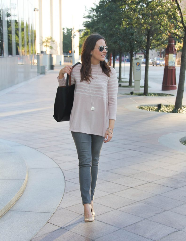 Fall Outfit | Pink Sweater | Gray Skinny Jeans | Lady in Violet Houston Fashion Blogger
